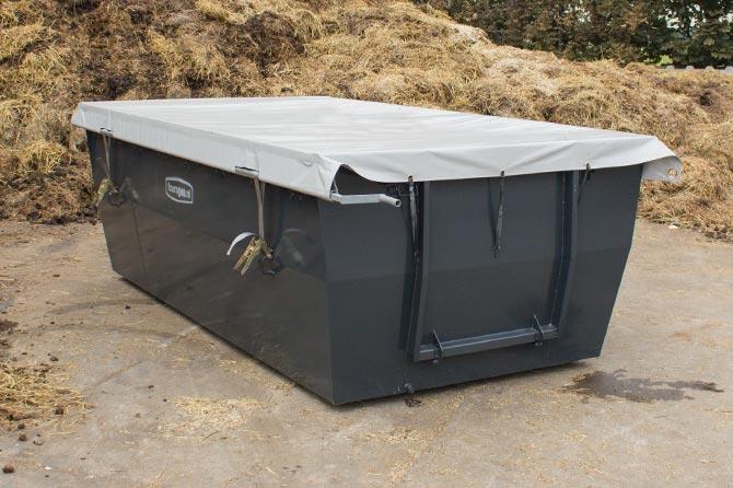 afgesloten-paarden-mestcontainer-afdekzeil