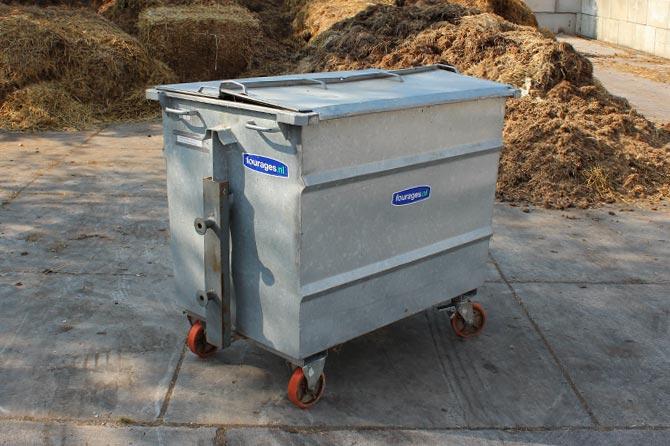 paardenmest-afvalcontainer-op-wielen